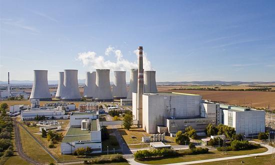 Обслуживание и ремонт анализаторов борной кислоты и детектора масляного тумана на АЭС Богунице